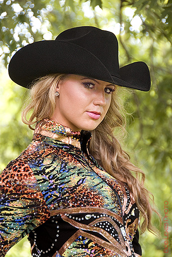 miss constitution-cowgirl-model-argument acres saddle shop